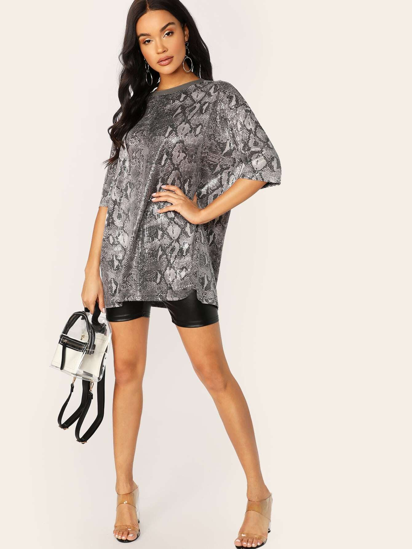 860935e4 Oversized Sequin Snake Print Boxy Fit T-Shirt | SHEIN