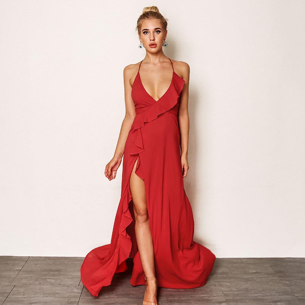 Платье-халтер с вырезом и оборками