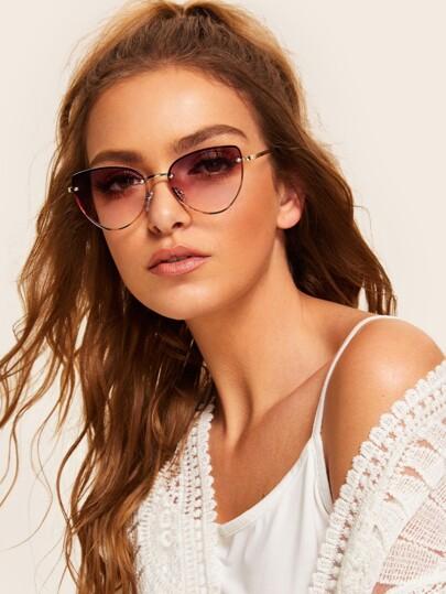 d296b10b59 Tortoiseshell Frame Tinted Lens Sunglasses