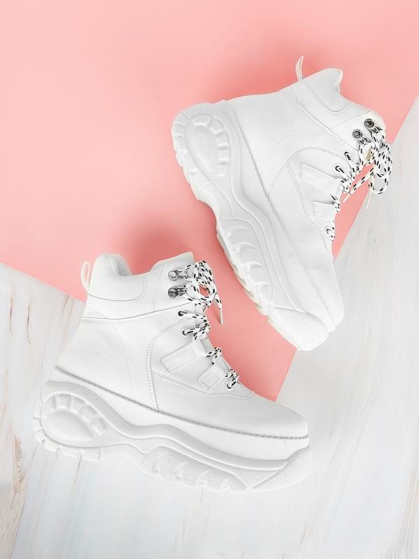 1bcdbad443 Sneakers con suola spessa con lacci semplici