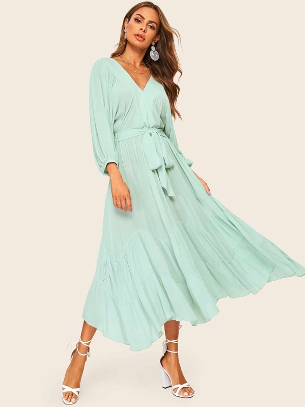 e45c61ac3b Batwing Sleeve Ruffle Hem Solid Belted Dress | SHEIN