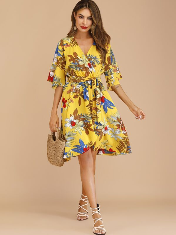 d4d45d81c3 Surplice Floral Print Belted Dress