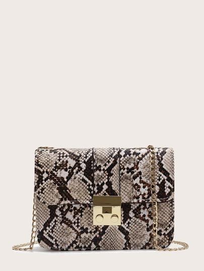 47049402f3 Kettentasche mit Schlangenleder Muster und Klappe