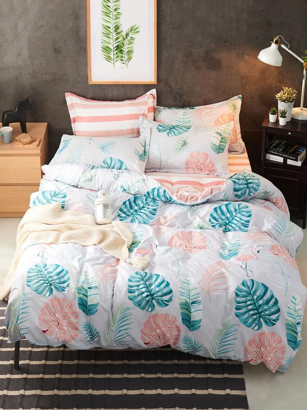 . Turtle Leaf Print Bedding Set