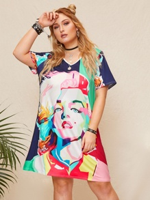 Plus Figure Print T-shirt Dress