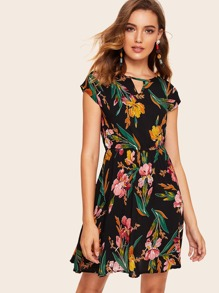Floral Print V-cut Neck Dress