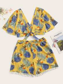 Plus Knot Palm Tree Print Top With Shorts