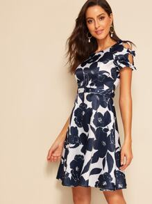 40s Bow Detail Buckle Belted Floral Satin Dress