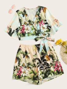 Plus Surplice Front Palm Tree Print Top With Shorts