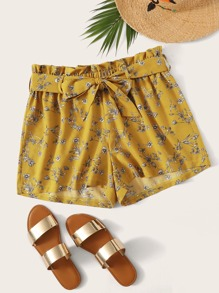 Plus Self Tie Floral Print Shorts