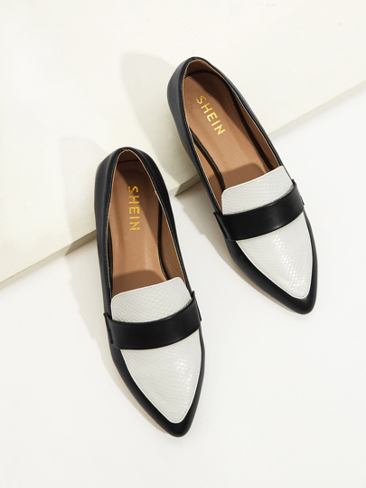 Pointed Toe Snakeskin Dress Loafers