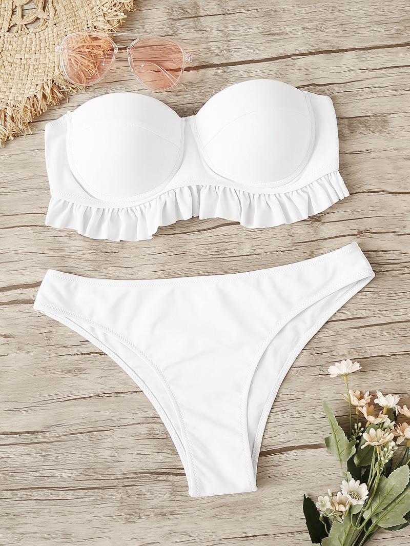 b6a1c2339 Set de bikini bandeau fruncido con bragas