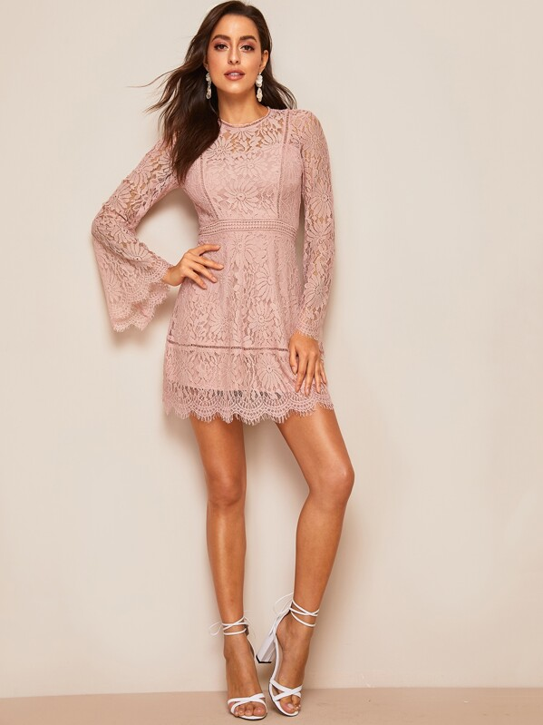 26a0391e98376f Trumpet Sleeve Floral Lace Overlay Dress | SHEIN UK