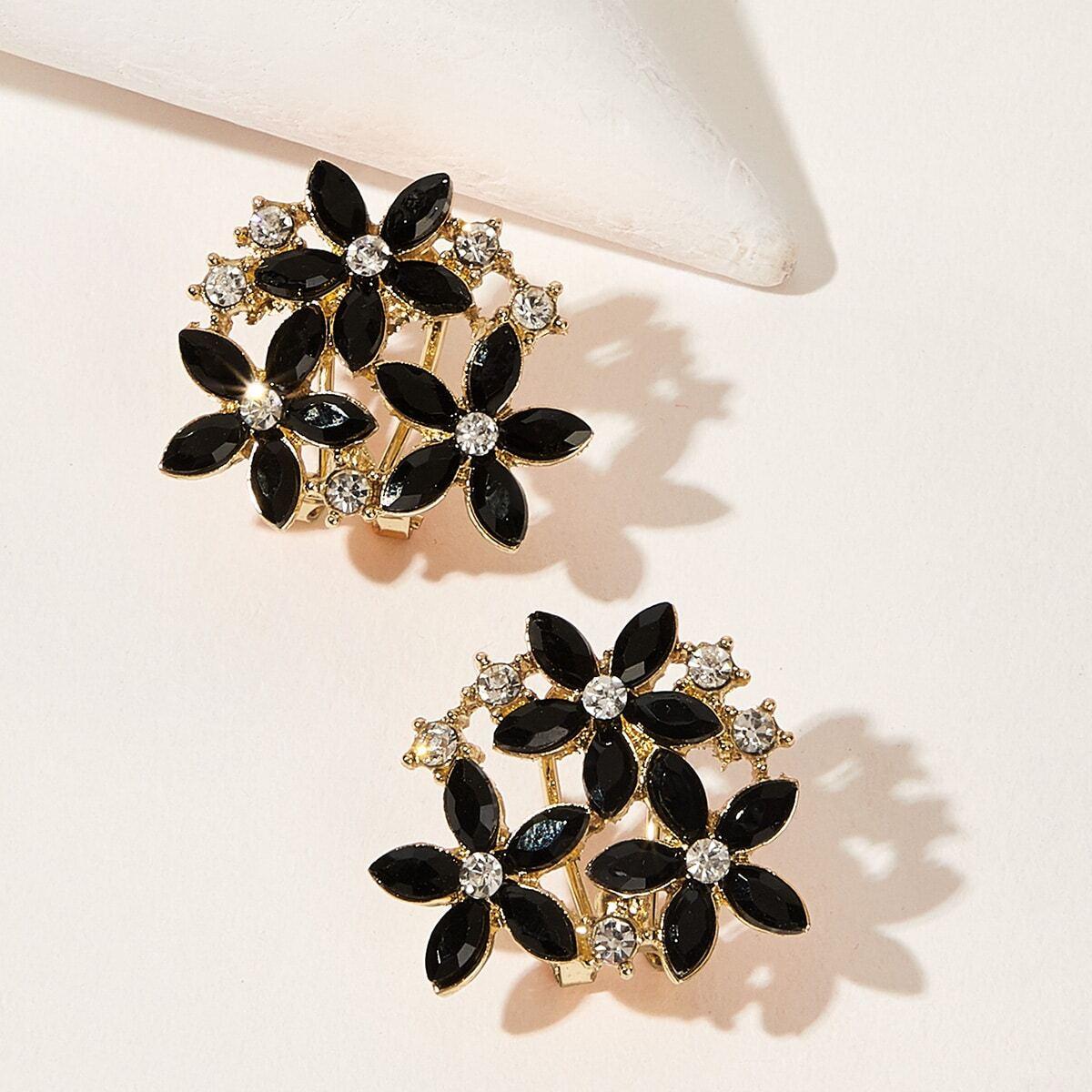 Серьги-гвоздики с цветочным декором 1 пара