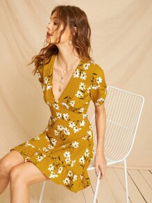 Floral Print Ruched Sleeve Ruffle Hem Dress