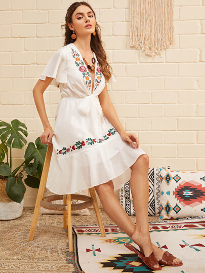 Flower Embroidered Flounce Hem Knotted Dress