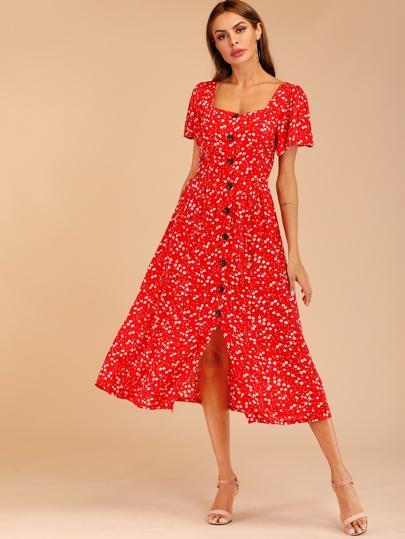 0210aa0b681 Robe avec imprimé floral et boutons