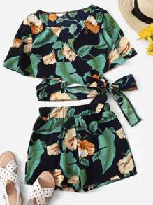 Plus Floral Print Surplice Front Knot Top With Shorts