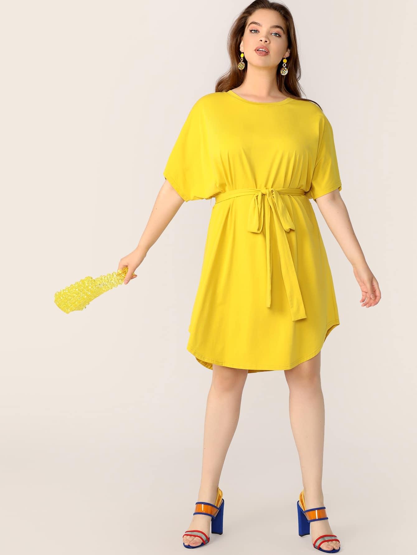 Übergroßes neon gelb kleid mit gürtel | shein