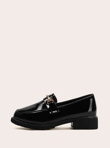 Solid Buckle Decor Loafers
