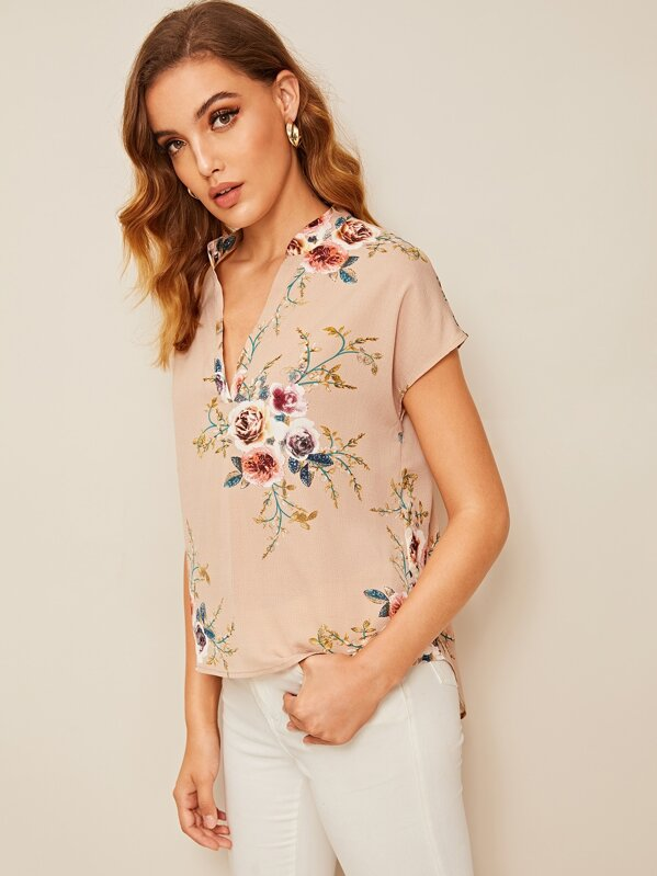 54a076b86a V-placket High Low Floral Top   SHEIN UK