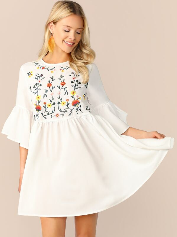 86e33cb636 Embroidered Floral Ruffle Sleeve Smock Dress