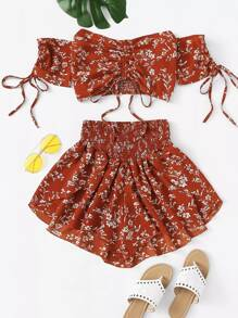 Plus Ditsy Floral Shirred Drawstring Top With Shorts