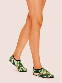 Tropical Pattern Flats