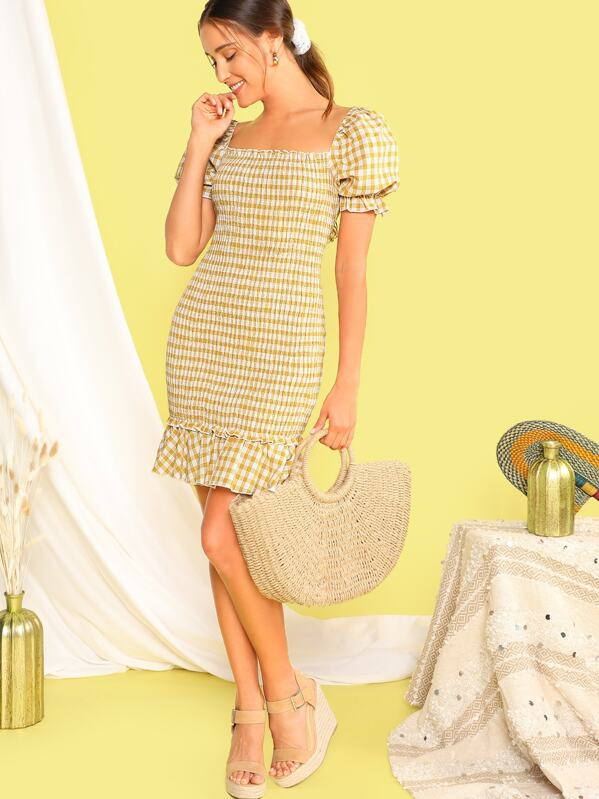 f62eca04d083 Gingham Ruffle Hem Shirred Bodycon Dress | SHEIN UK