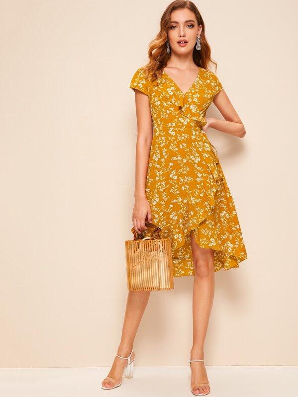 f55be9afe8 60s Surplice Asymmetrical Ruffle Trim Floral Dress | SHEIN