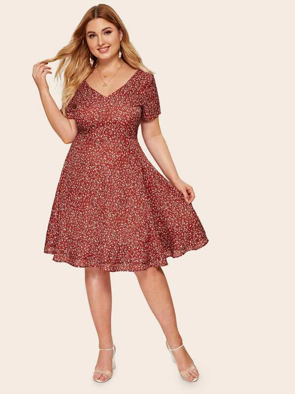 Plus Ditsy Floral Dress