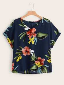 Plus V Neck Rolled Cuff Floral Print Tee