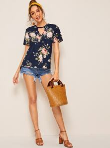Keyhole Neck Floral Tunic Top