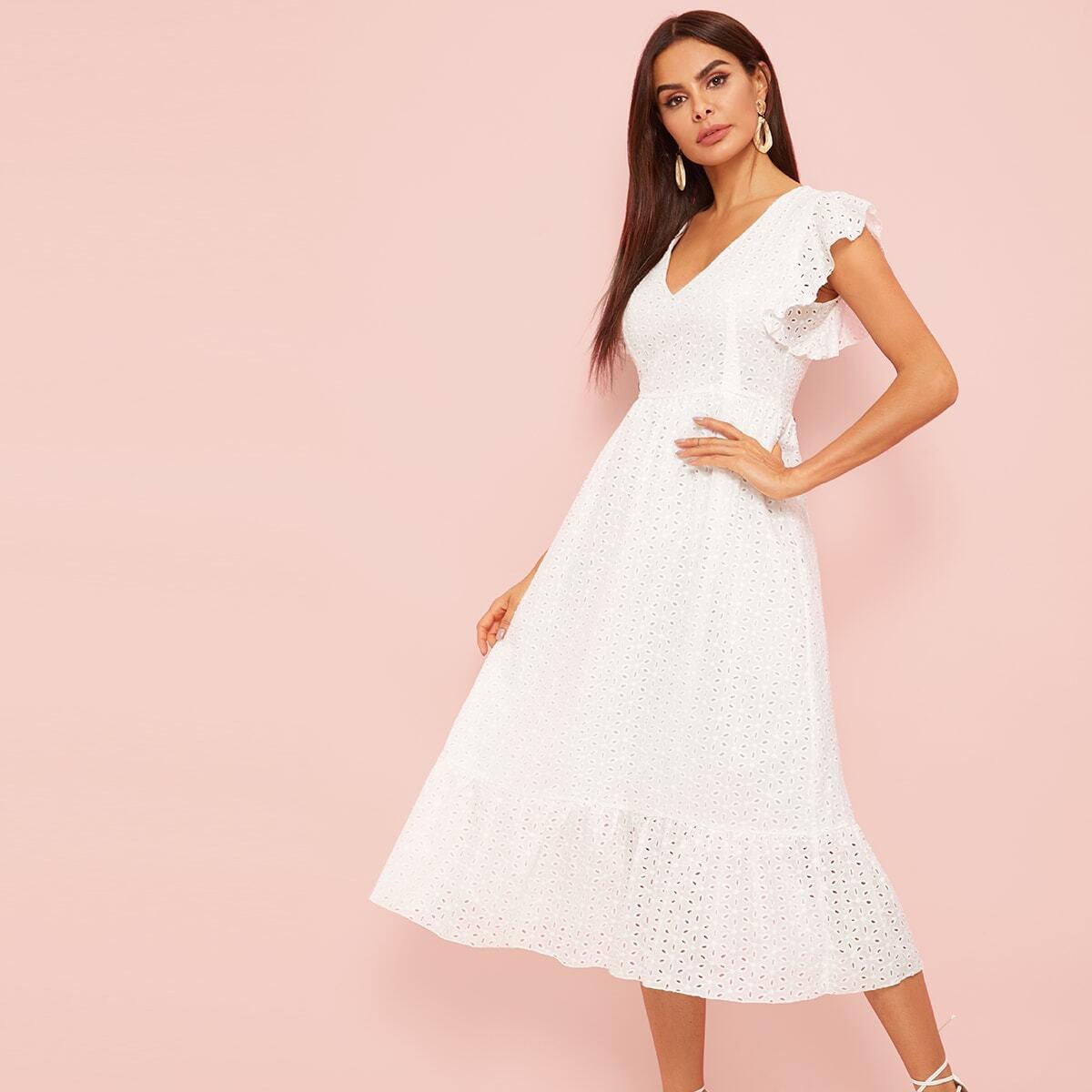Стильное платье-миди с оборками