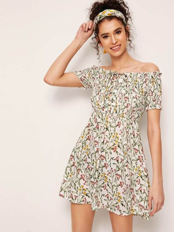 bcd5a22fc6ca Ditsy Floral Lace-up Shirred Off Shoulder Dress | SHEIN