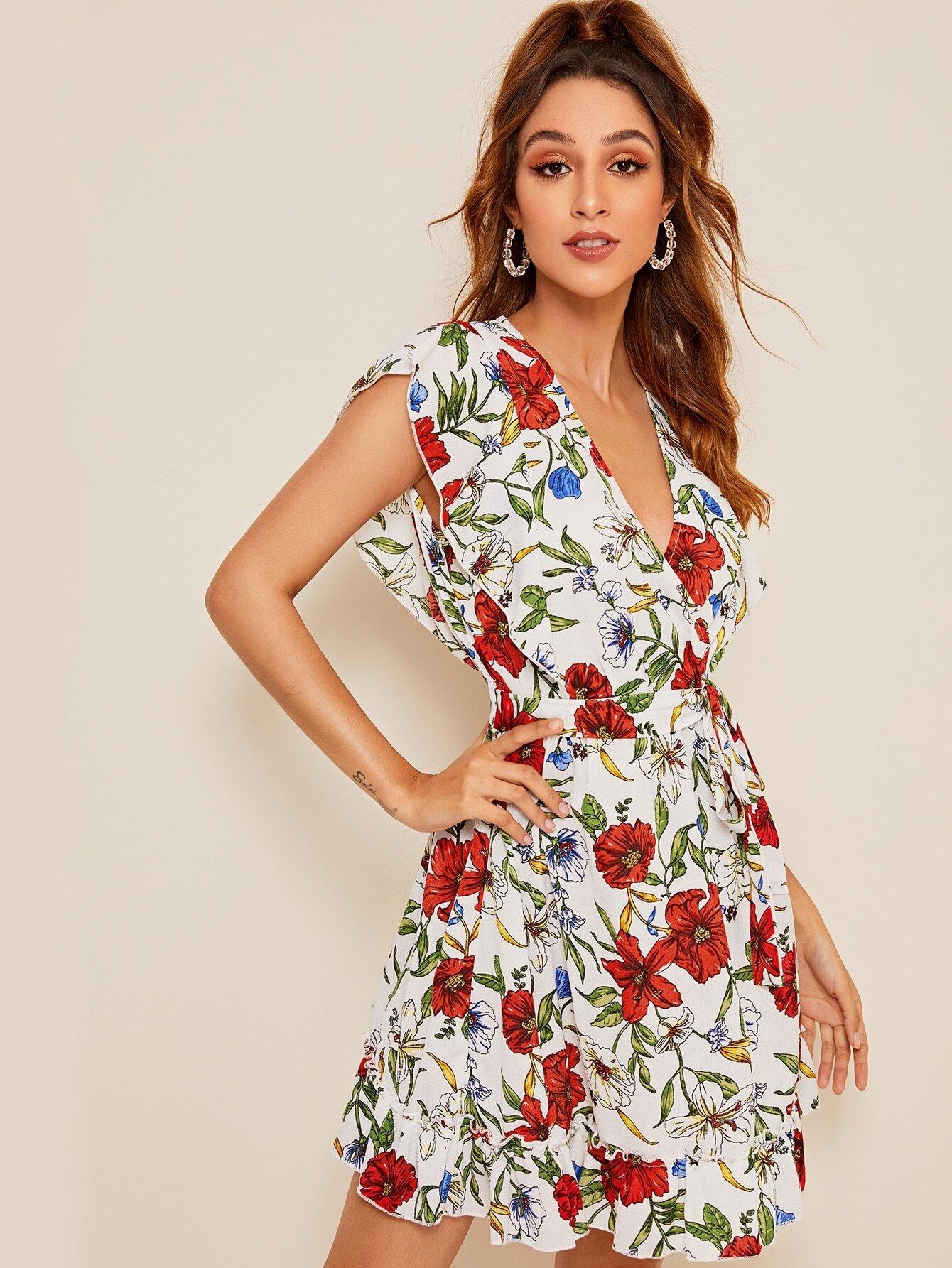 Kleid mit Raffung, Blumen Muster, V Ausschnitt und Gürtel ...