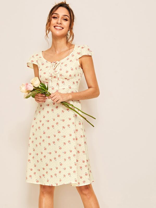7601e16b46 Ditsy Floral Print Knot Front Dress | SHEIN