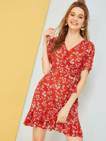 36067fde20 Ditsy Floral Print Dress