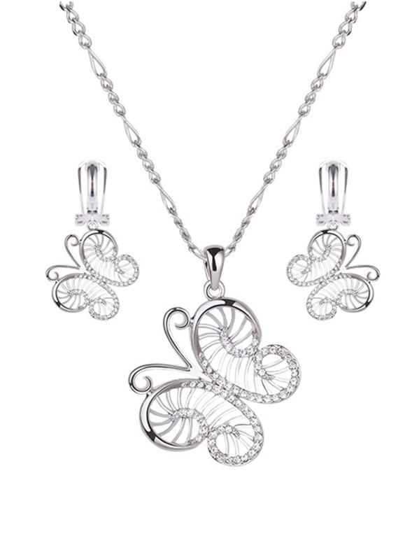 16abb674981b Collar con colgante con mariposa con diamante de imitación y pendientes  largos 3 piezas