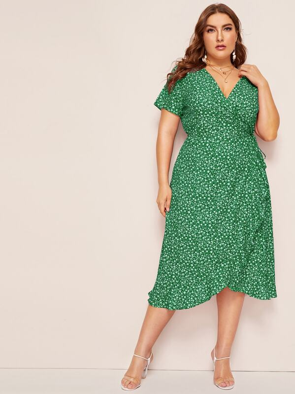 6ca08eddb6 Plus Ditsy Floral Wrap Dress   SHEIN UK