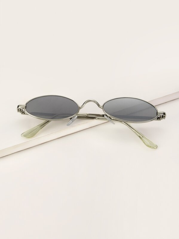 34b3d3de80 Oval Frame Tinted Lens Sunglasses   SHEIN UK