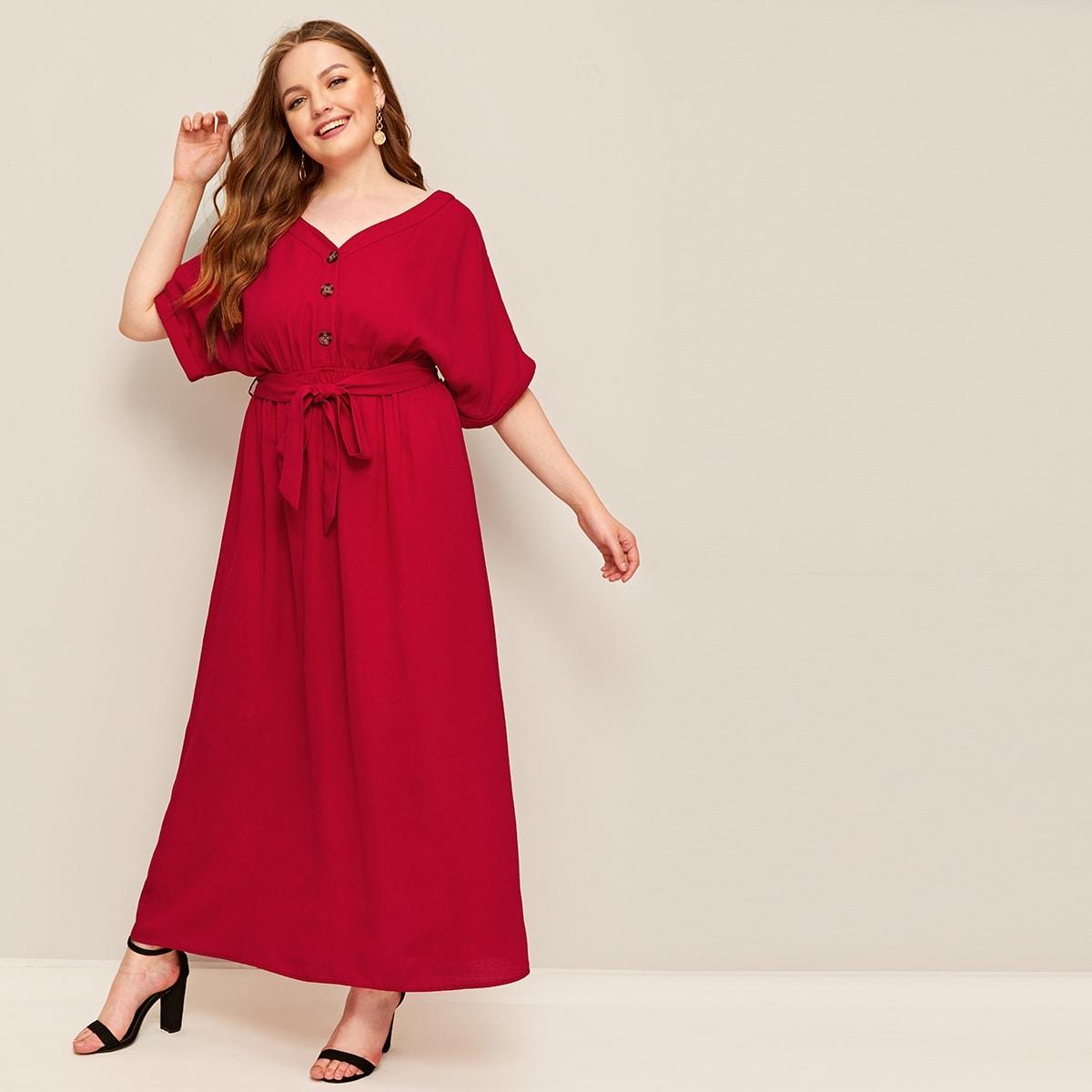 Übergroßes Kleid mit Knöpfen vorn und Selbstgürtel
