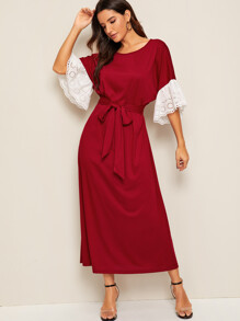 Contrast Schiffy Bell Sleeve Belted Dress