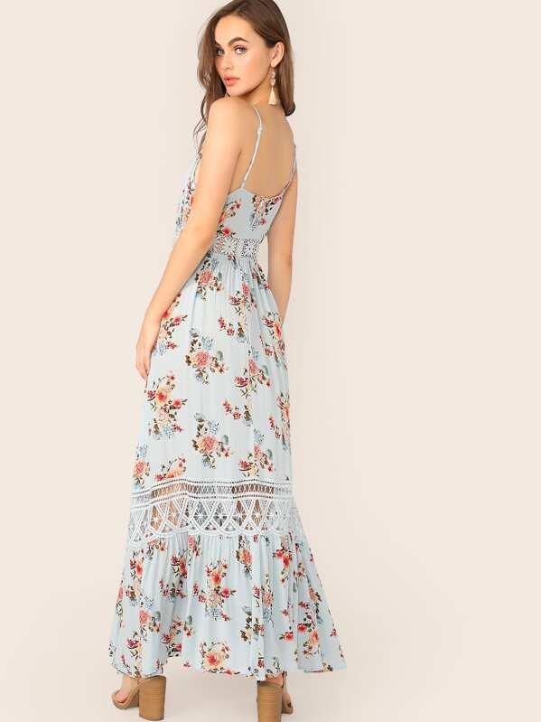 0f705e2d Guipure Lace Insert Flippy Hem Floral Print Cami Dress   SHEIN IN