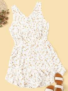 Plus Ditsy Floral Criss Cross Tie Back Romper