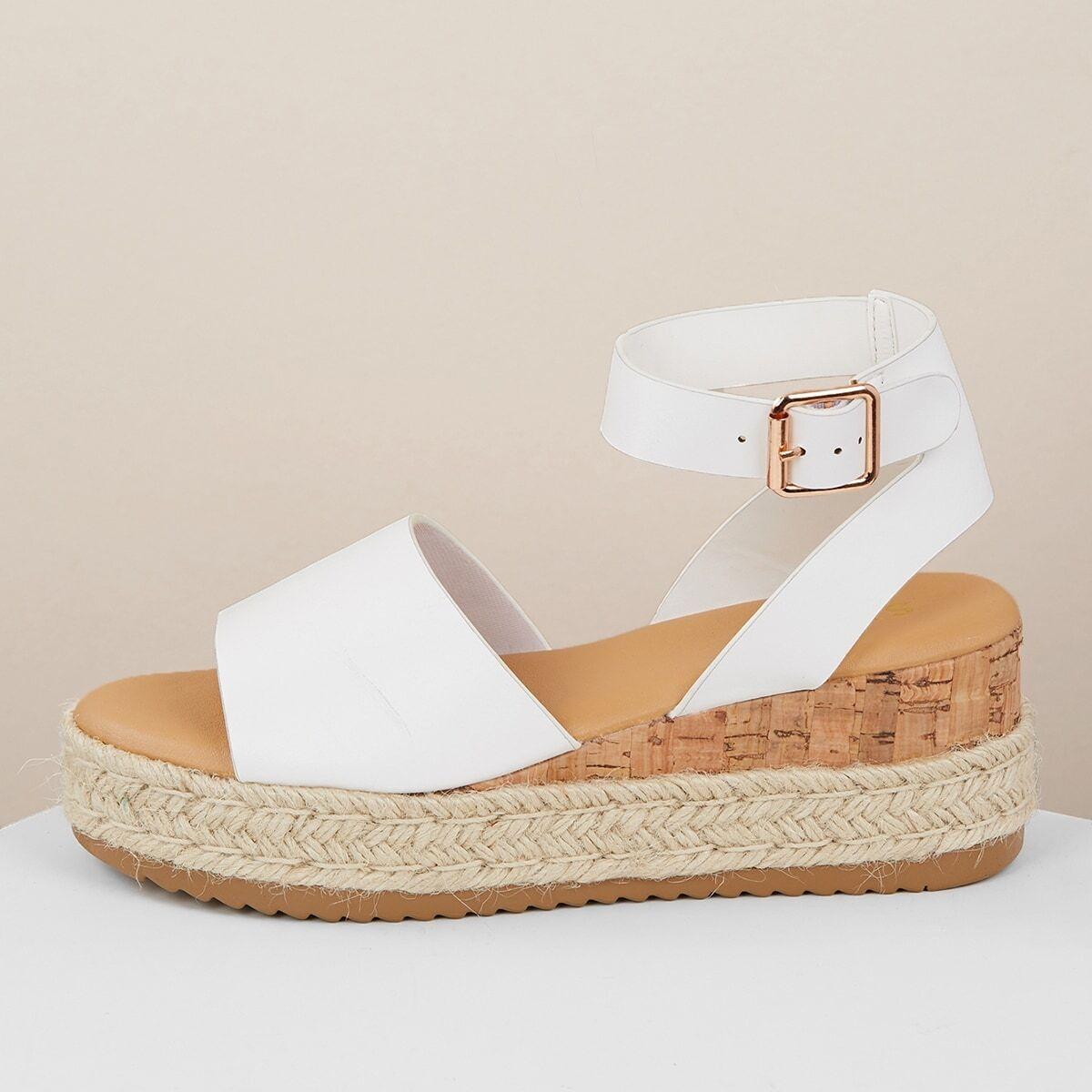 Джутовые сандалии на танкетке с пряжками