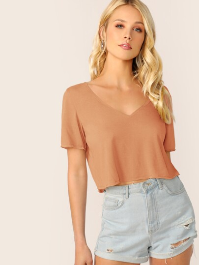 2f6e8b242f4 V-neck Solid Crop Boxy Tee