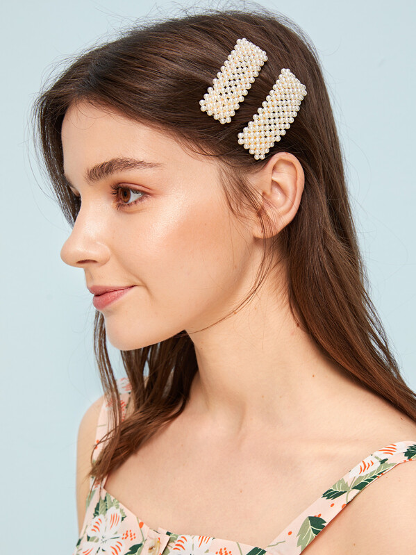 df0a4348ca Faux Pearl Decor Hair Snap Clip 2pcs | SHEIN UK