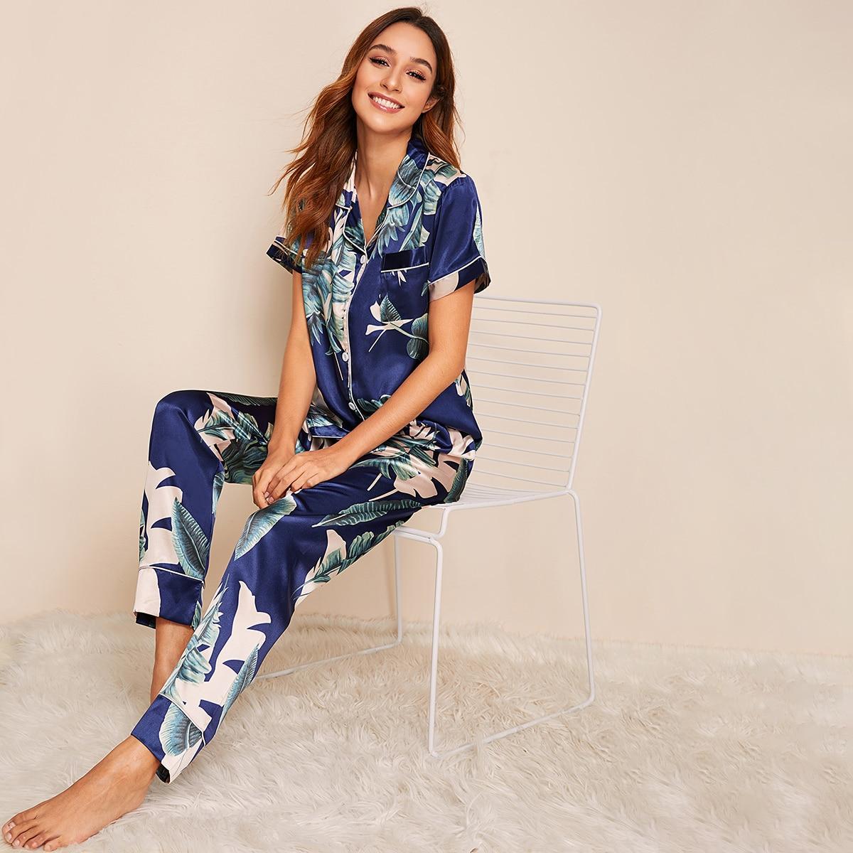 Атласная пижама с тропическим принтом