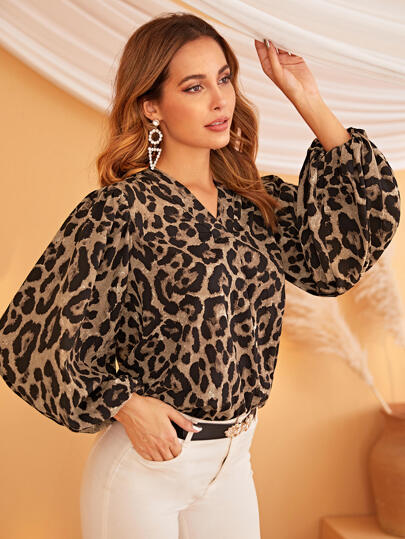V-cut Neck Lantern Sleeve Leopard Top